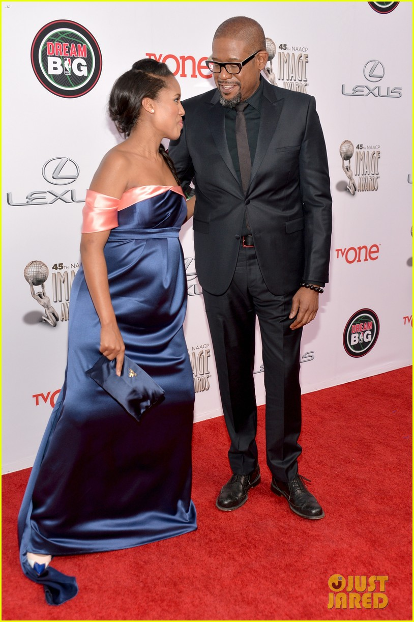 kerry washington baby bump at naacp image awards 2014 083058893