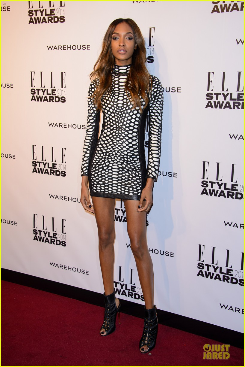 suki waterhouse cara delevingne stunning models at elle style awards 293055839