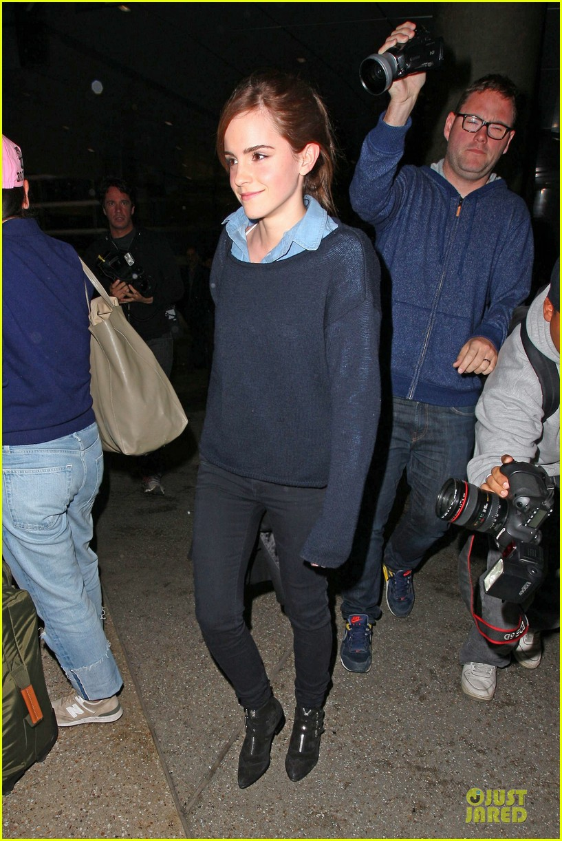 emma watson flys into lax airport before oscars 2014 063062503