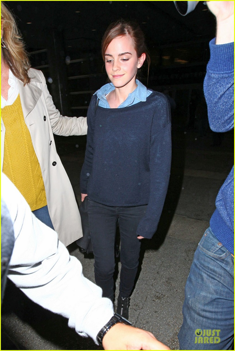 emma watson flys into lax airport before oscars 2014 183062515
