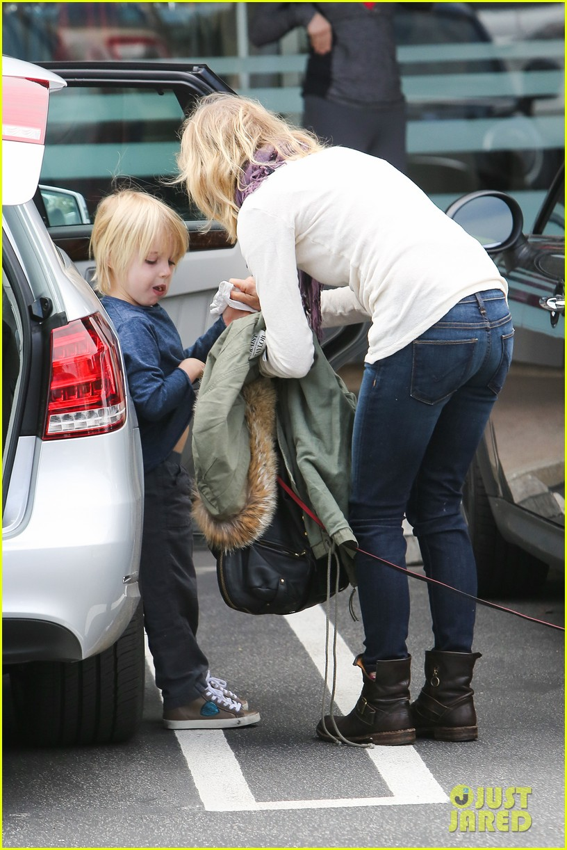 naomi watts liev schrieber hang with their boys 033050499