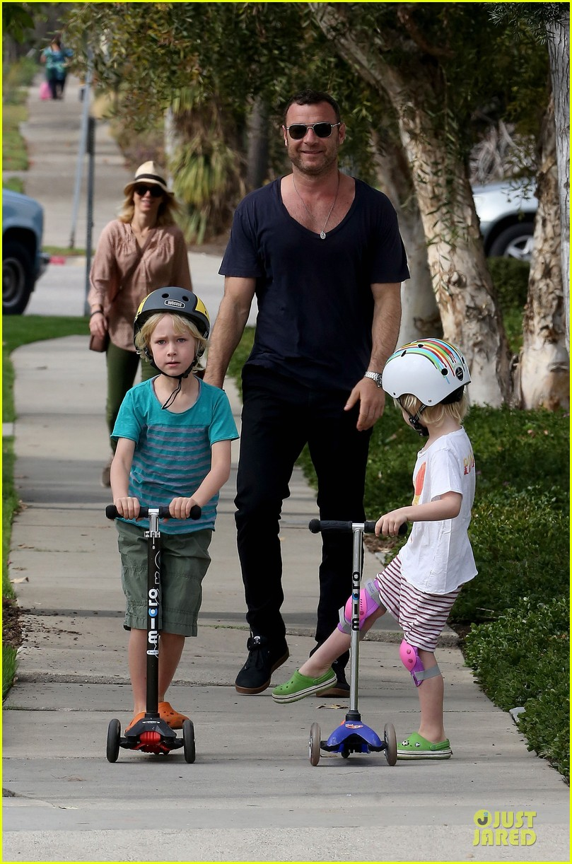 naomi watts liev schreiber hold hands for post valentine day date with the boys 033053963
