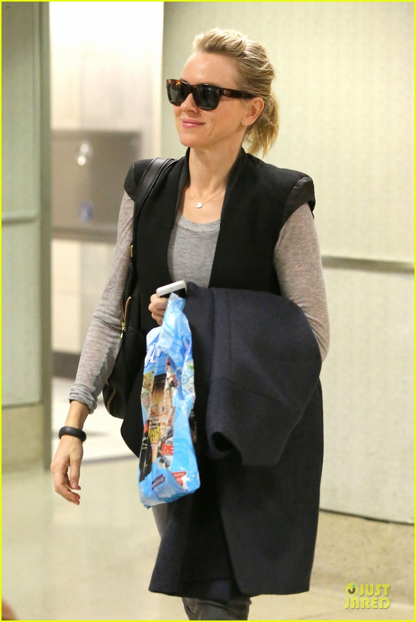 naomi watts liev schreiber hold hands for post valentine day date with the boys 063053966