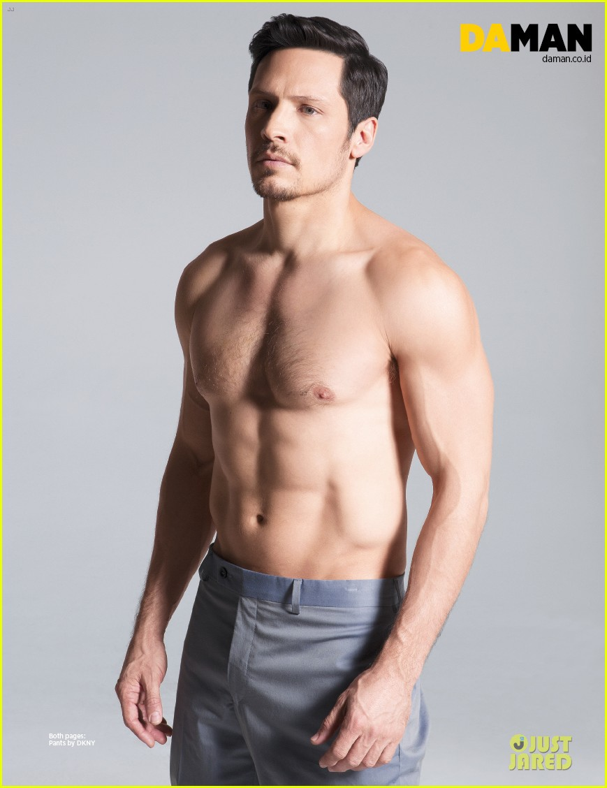 nick wechsler flashes shirtless abs for da man magazine 173047308