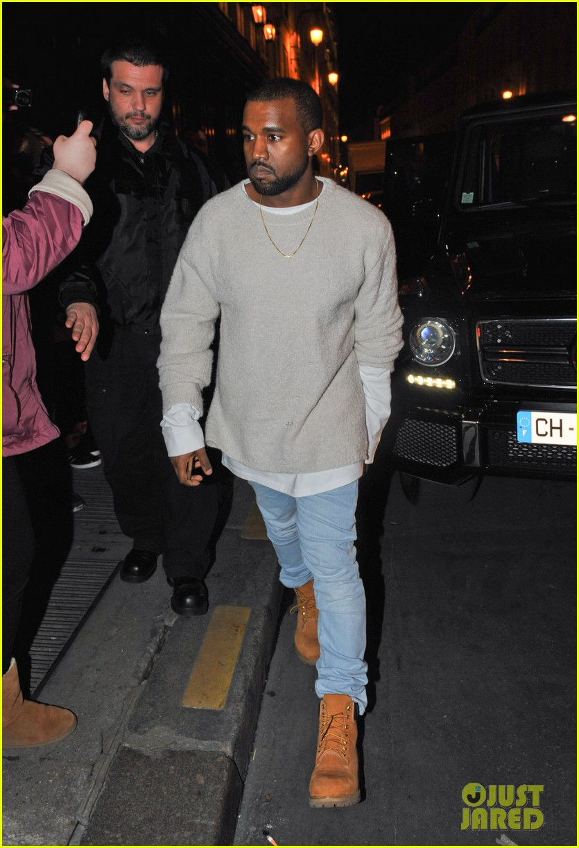 kanye west roams around paris while kendall jenner flies in 123061463