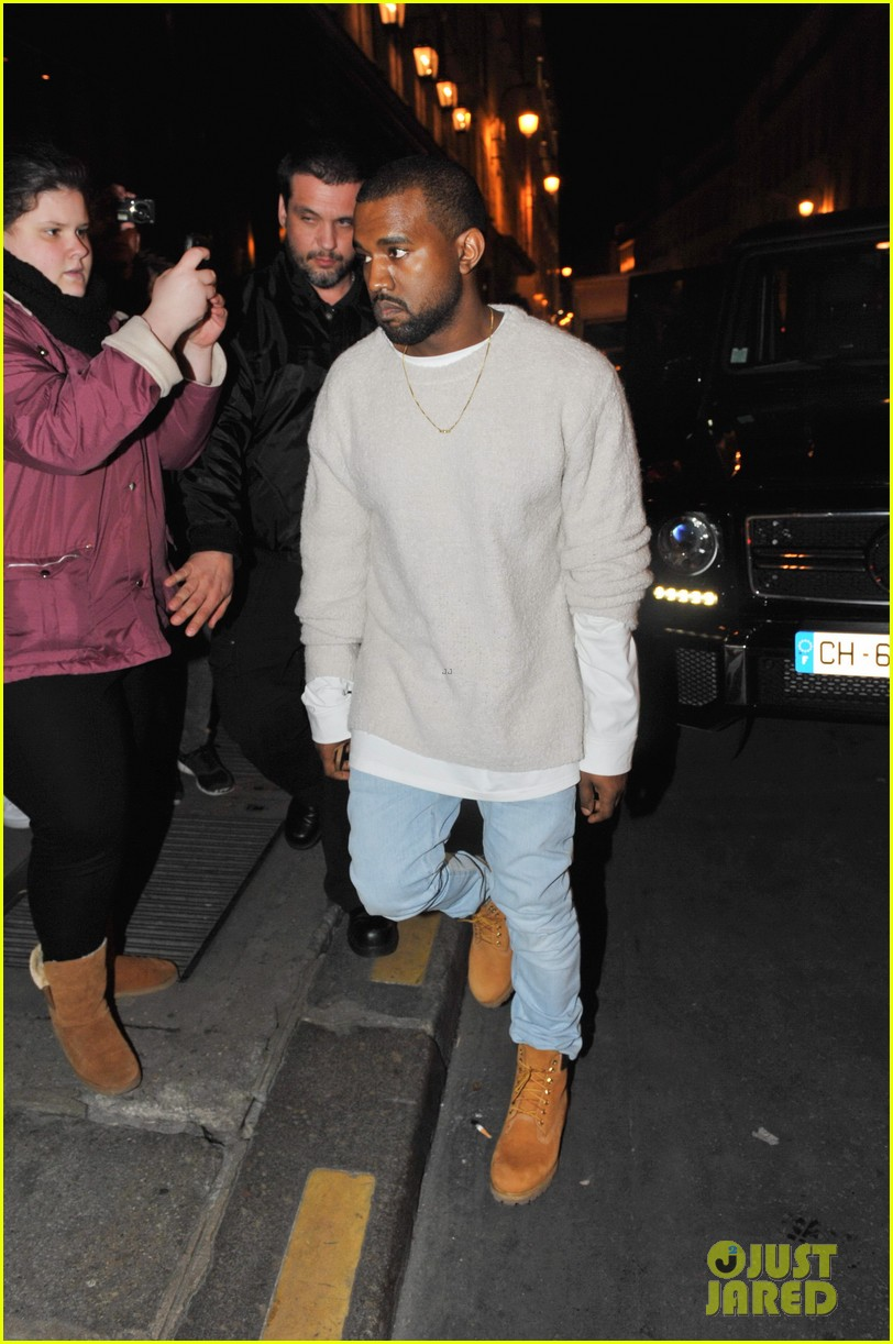 kanye west roams around paris while kendall jenner flies in 133061464