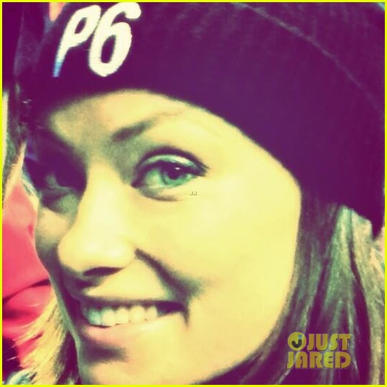 olivia wilde rocks p6 hat to protest russia anti gay law 053049427