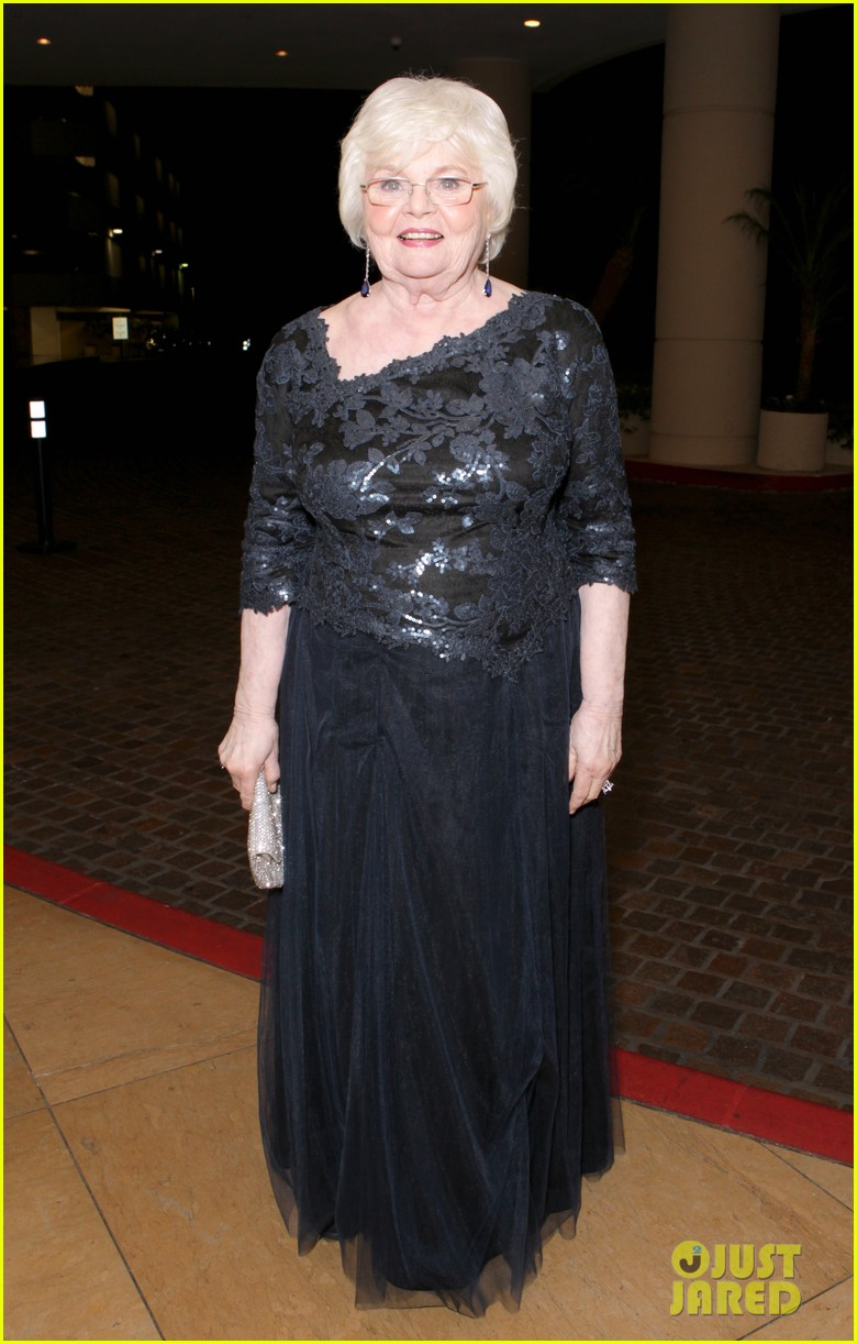 will forte june squibb costume designer guild awards 2014 013059023