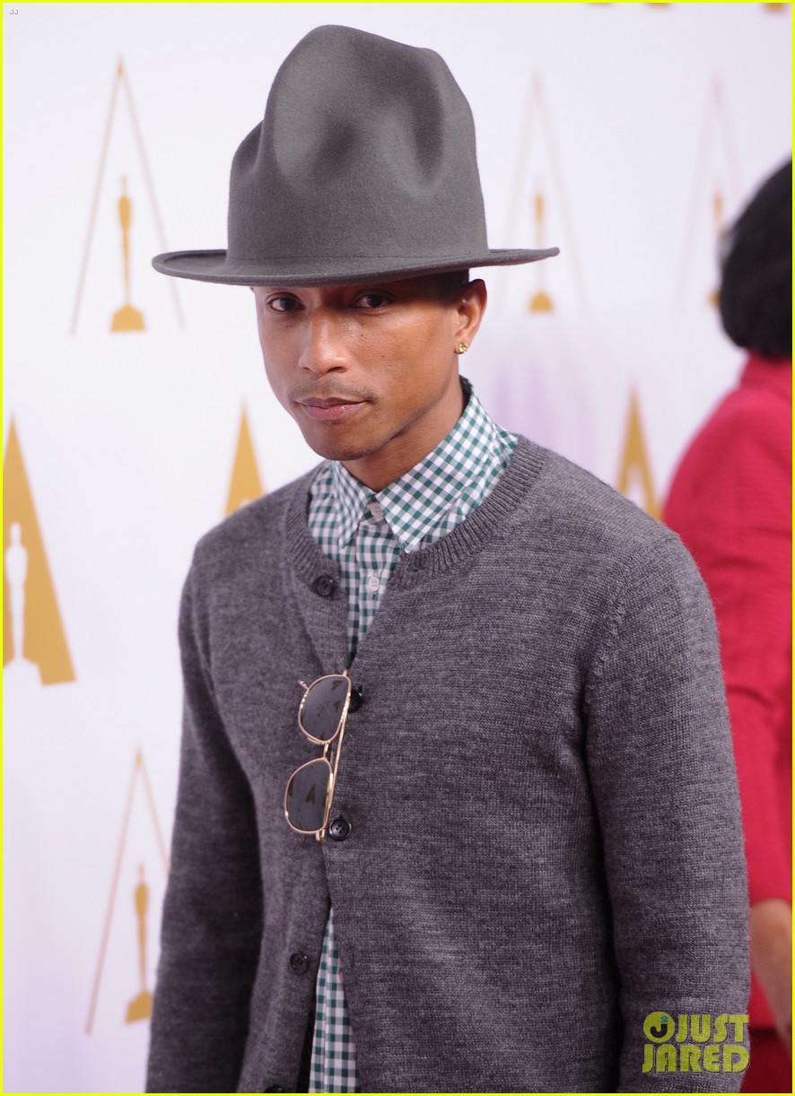 pharrell williams gets new hat for oscars nominees luncheon 103050801
