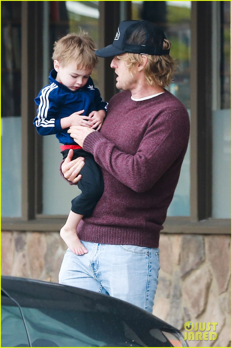 owen wilson is a doting dad after birth of his new son 053046876