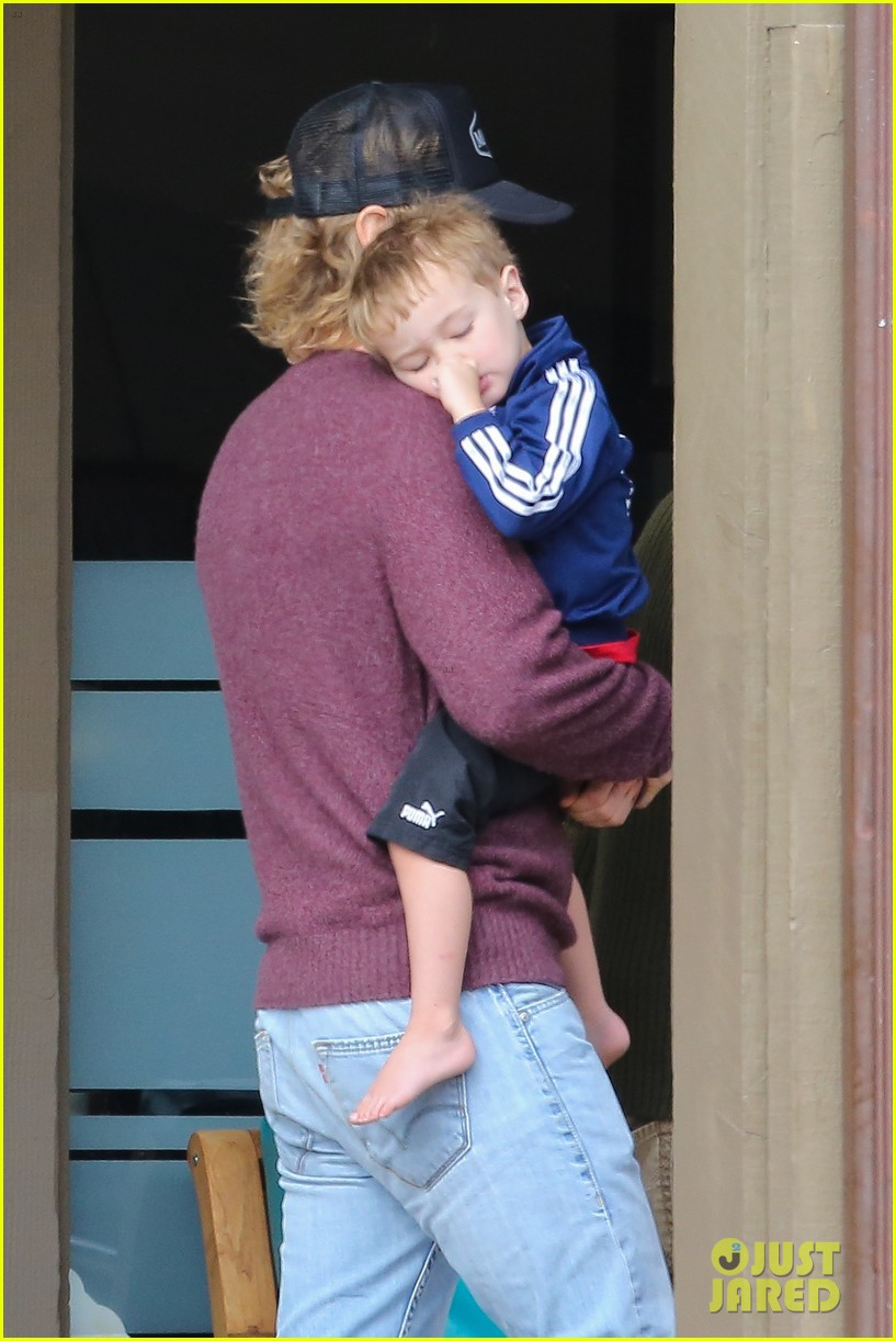 owen wilson is a doting dad after birth of his new son 073046878