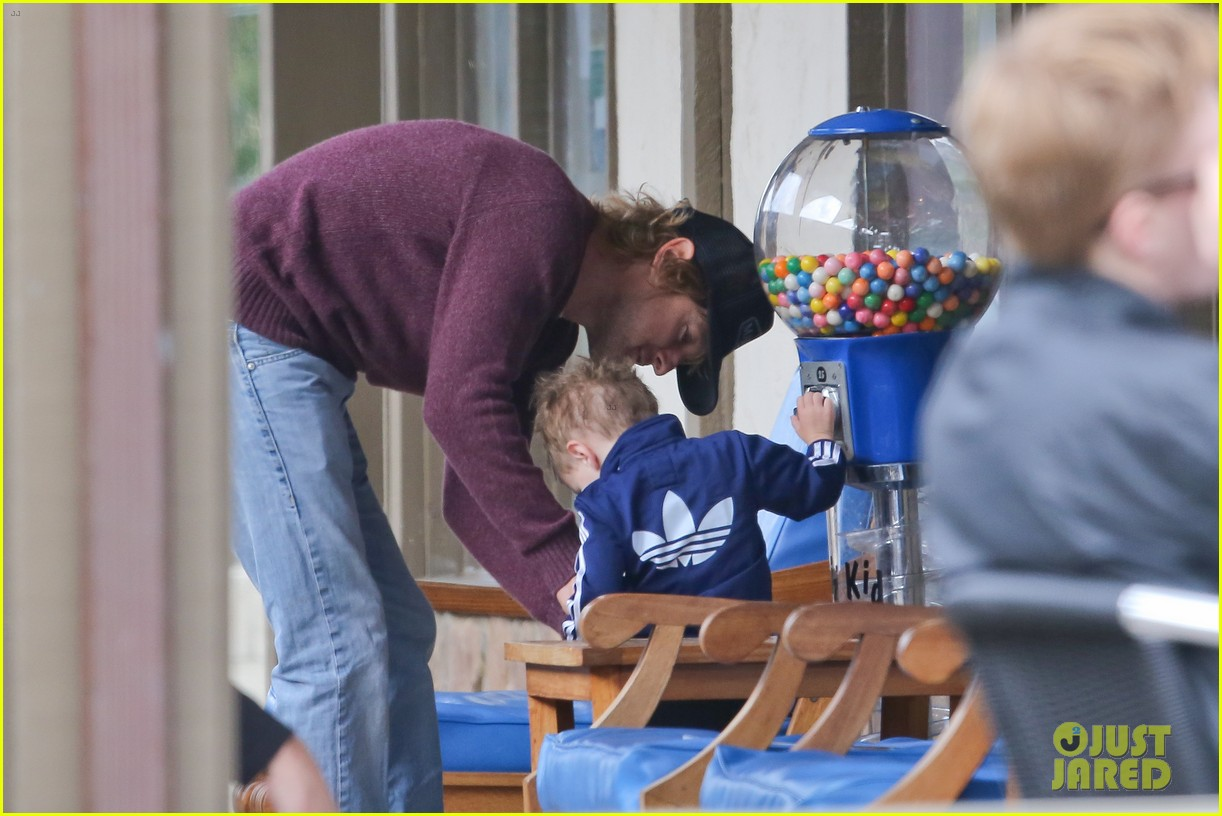owen wilson is a doting dad after birth of his new son 083046879