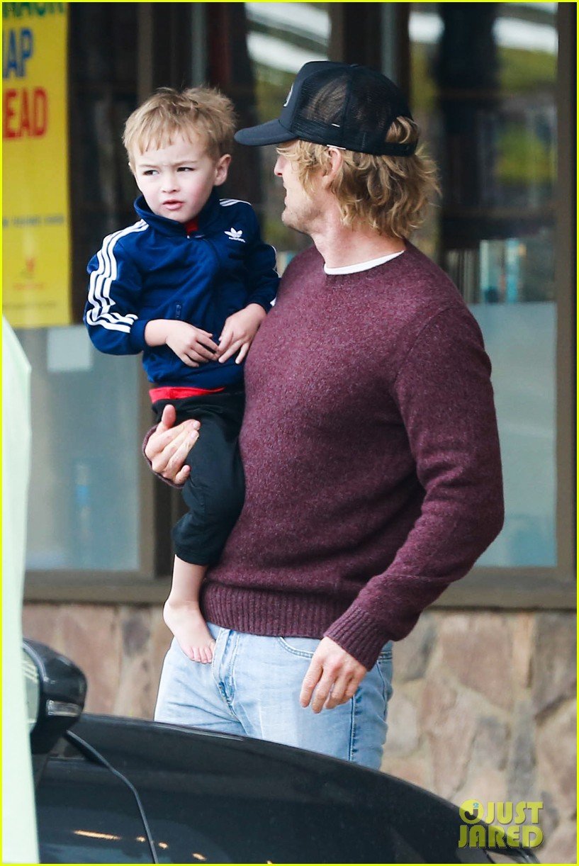 owen wilson is a doting dad after birth of his new son 203046891