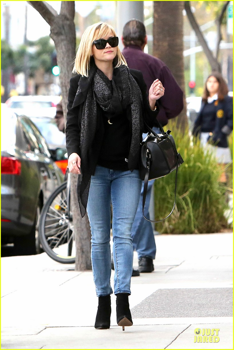 reese witherspoon ryan phillippe earn profit on sold duplex 163049363