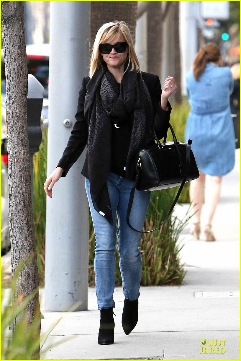 reese witherspoon ryan phillippe earn profit on sold duplex 223049369