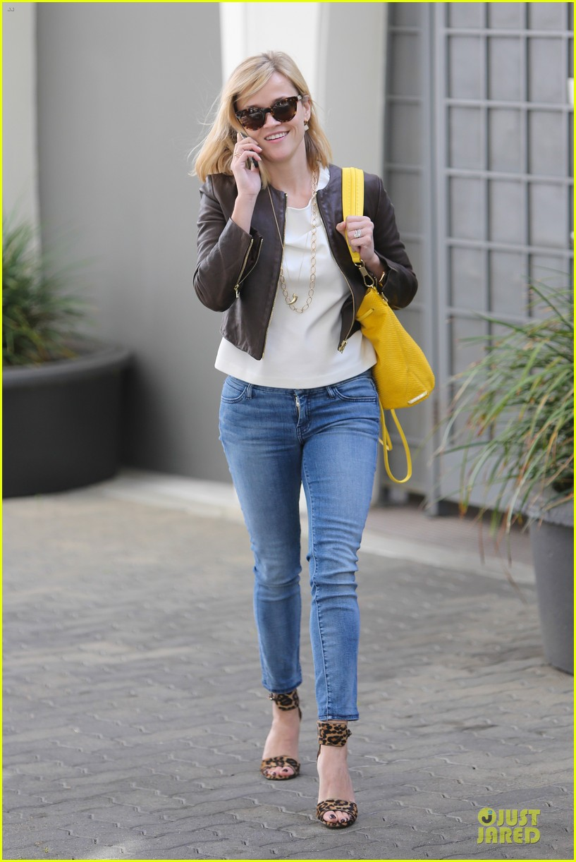 reese witherspoon fierce wild errands following lax landing 243060583