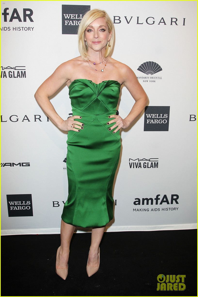 robin wright michelle rodriguez amfar new york gala 013048274