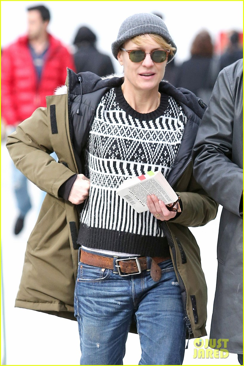 robin wright wasnt aware people called her a cougar 053046672