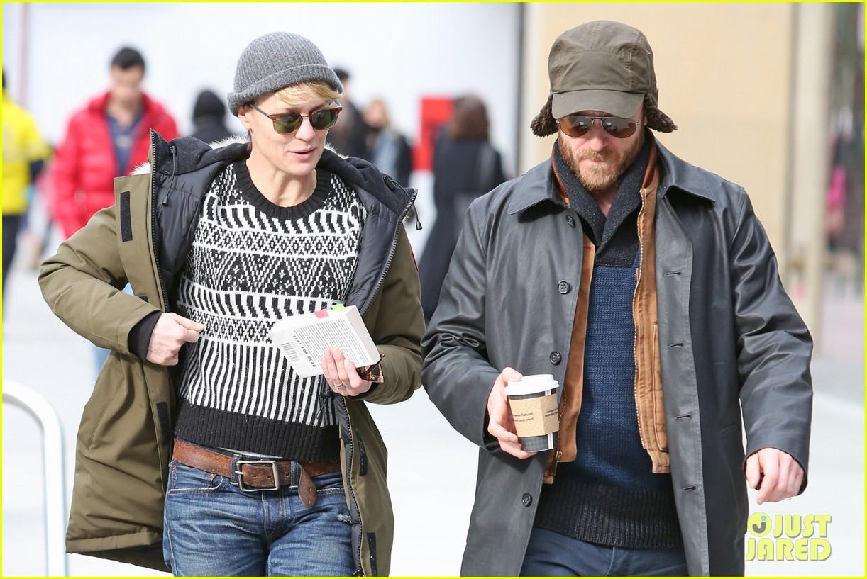 robin wright wasnt aware people called her a cougar 063046673