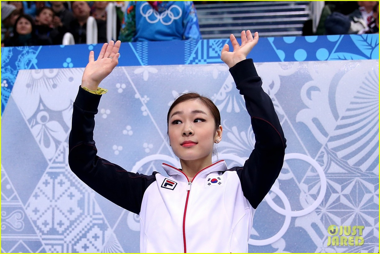 olympic figure skater yuna kim did you know shes also a singer 013057147