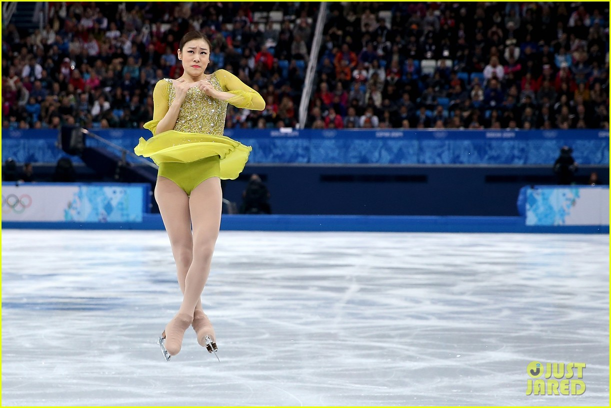 olympic figure skater yuna kim did you know shes also a singer 023057148