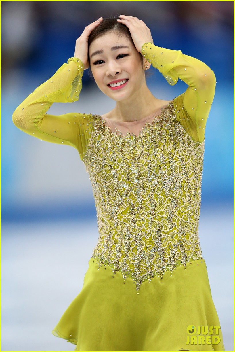 olympic figure skater yuna kim did you know shes also a singer 053057151