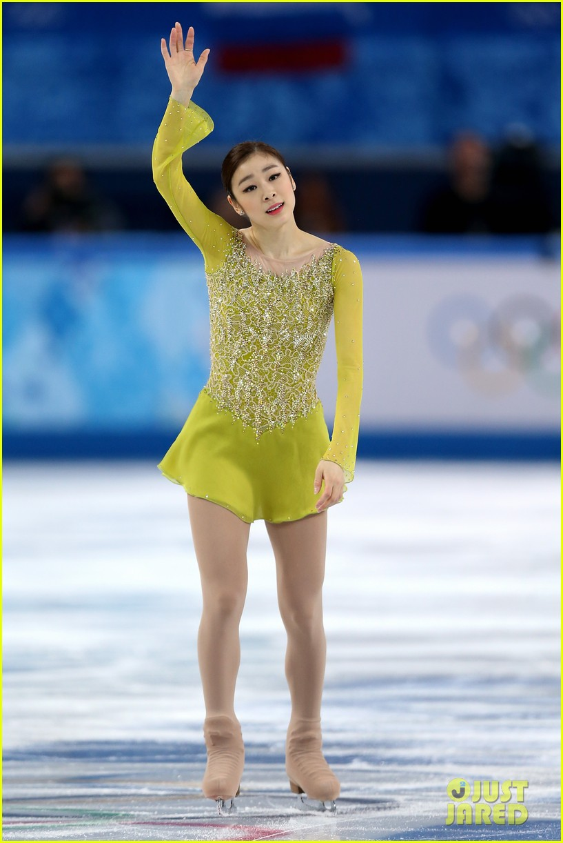 olympic figure skater yuna kim did you know shes also a singer 063057152