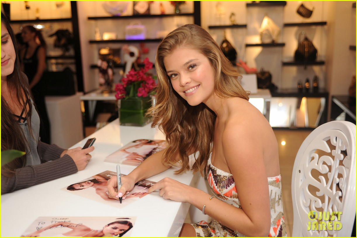 nina agdal launches bebes spring campaign celebrates being the ultimate it girl 053071919