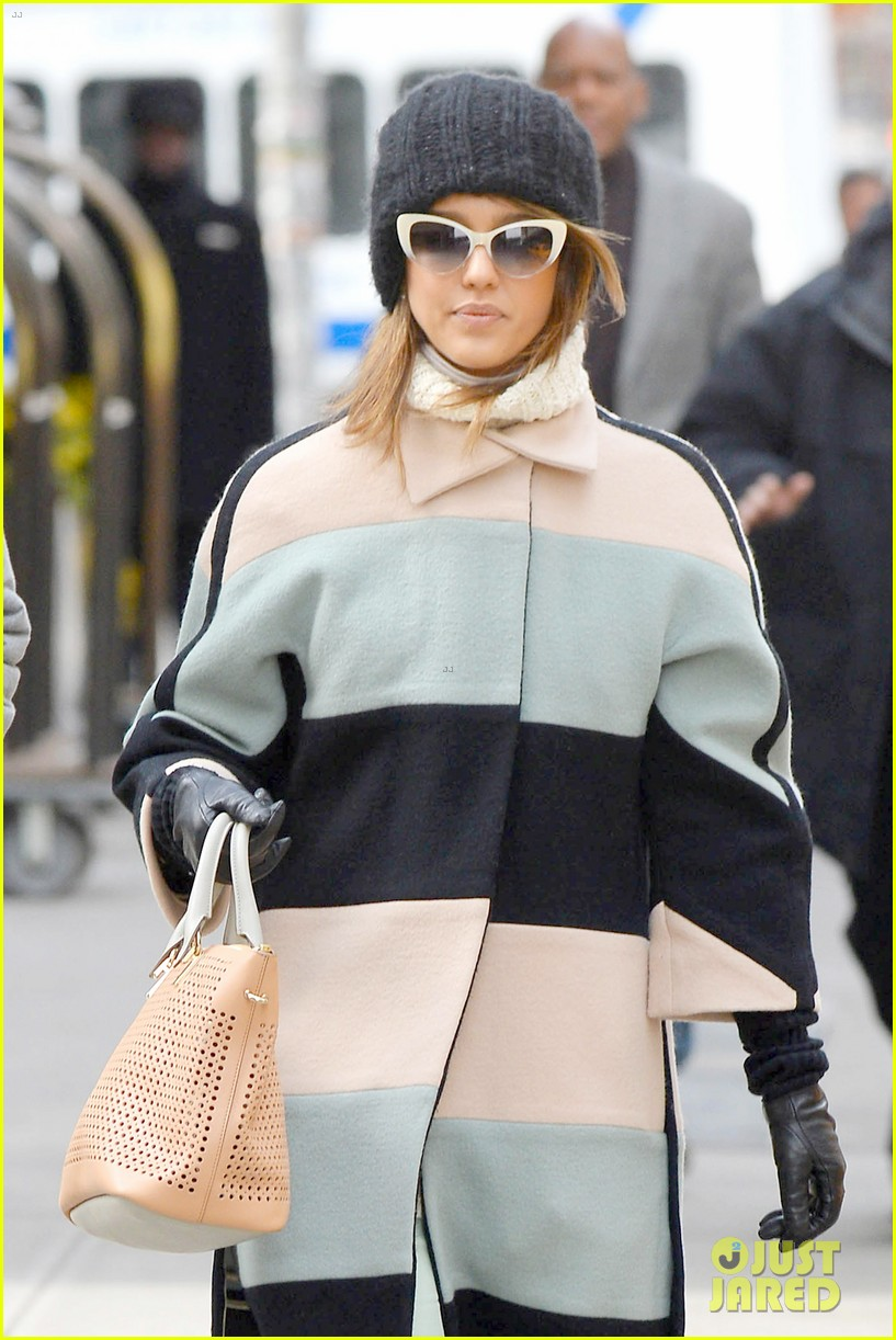 jessica alba steps out in new york city with brother joshua 013066390