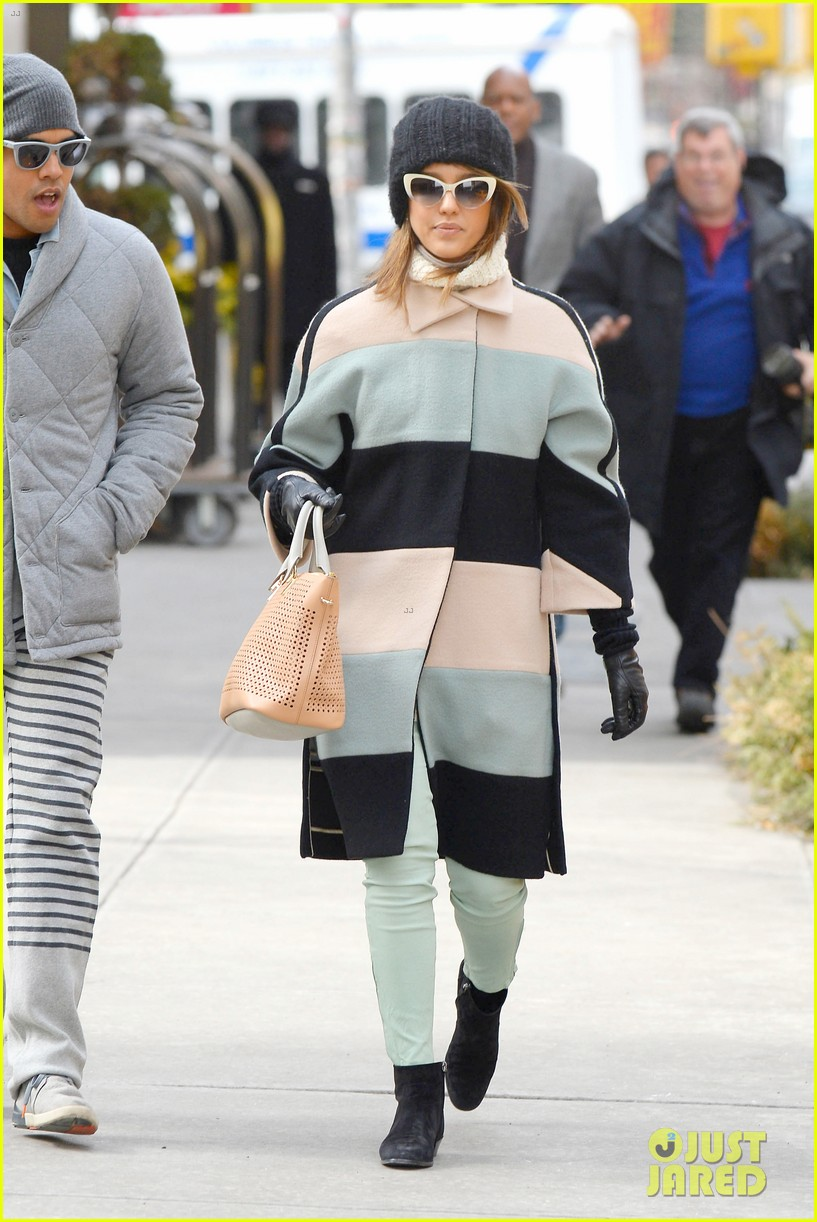 jessica alba steps out in new york city with brother joshua 103066399