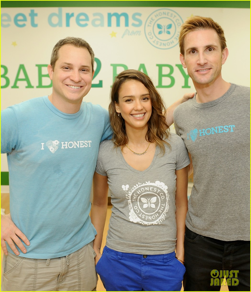 jessica alba is honestly beautiful at the honest charity event 073073172