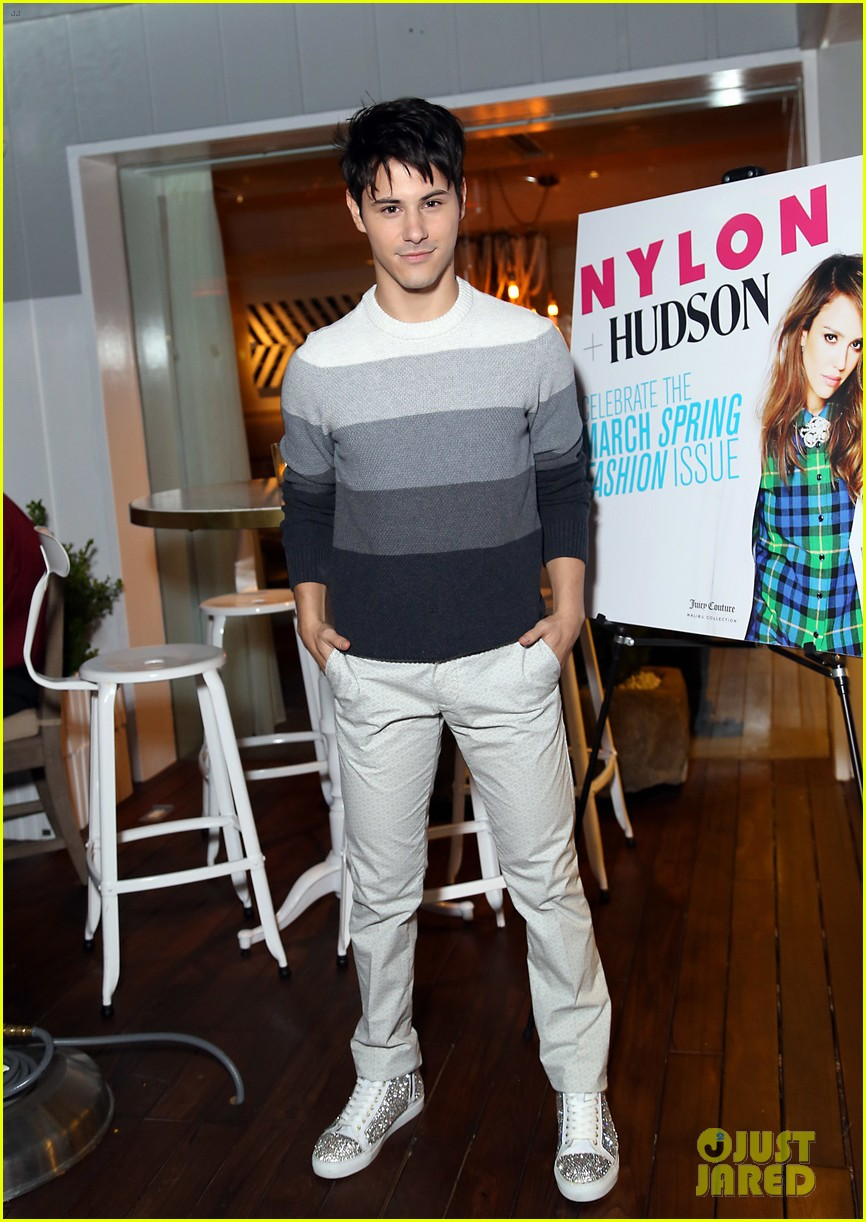 jessica alba celebrates nylon cover with hubby cash warren 133069707