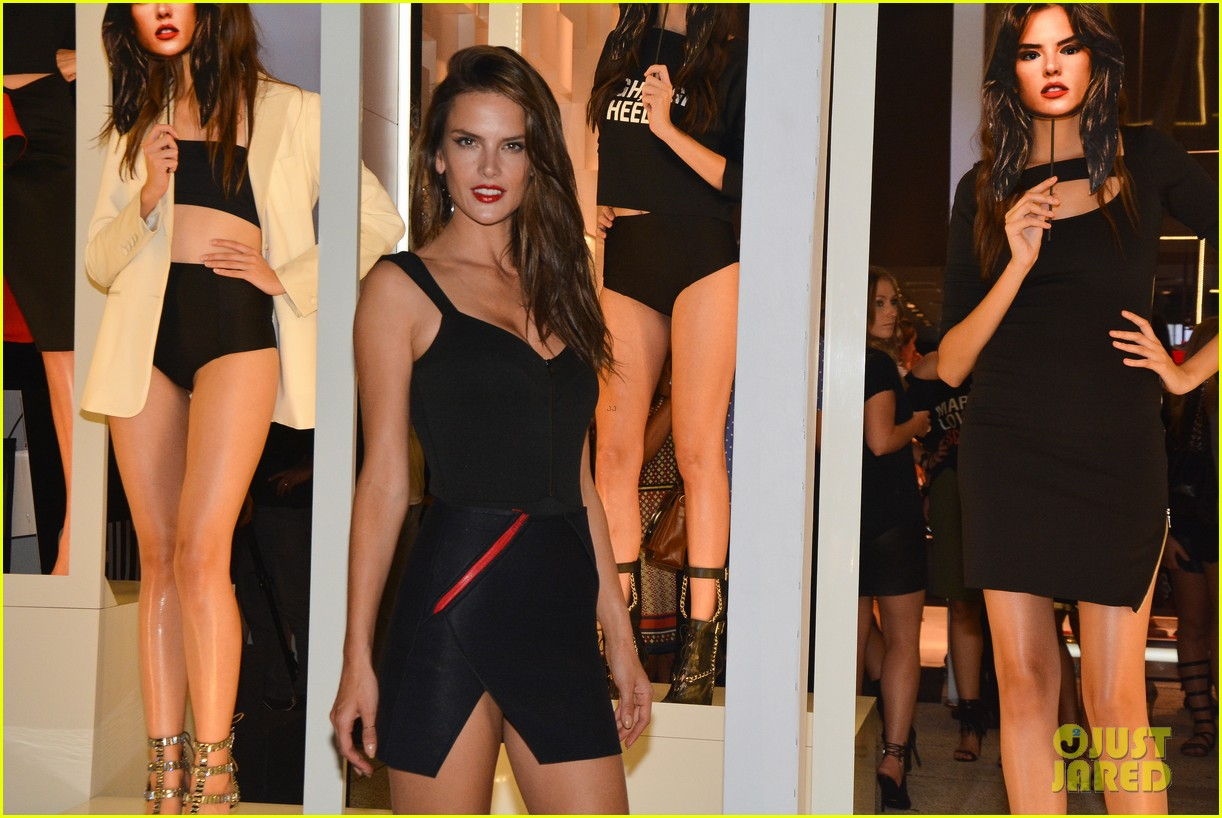 alessandra ambrosio schultz winter collection 2014 063074649