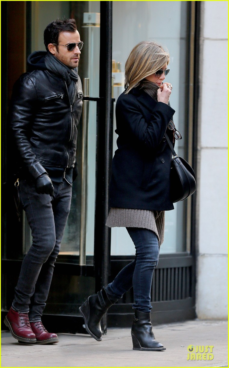 jennifer aniston justin theroux spotted in nyc 013069500