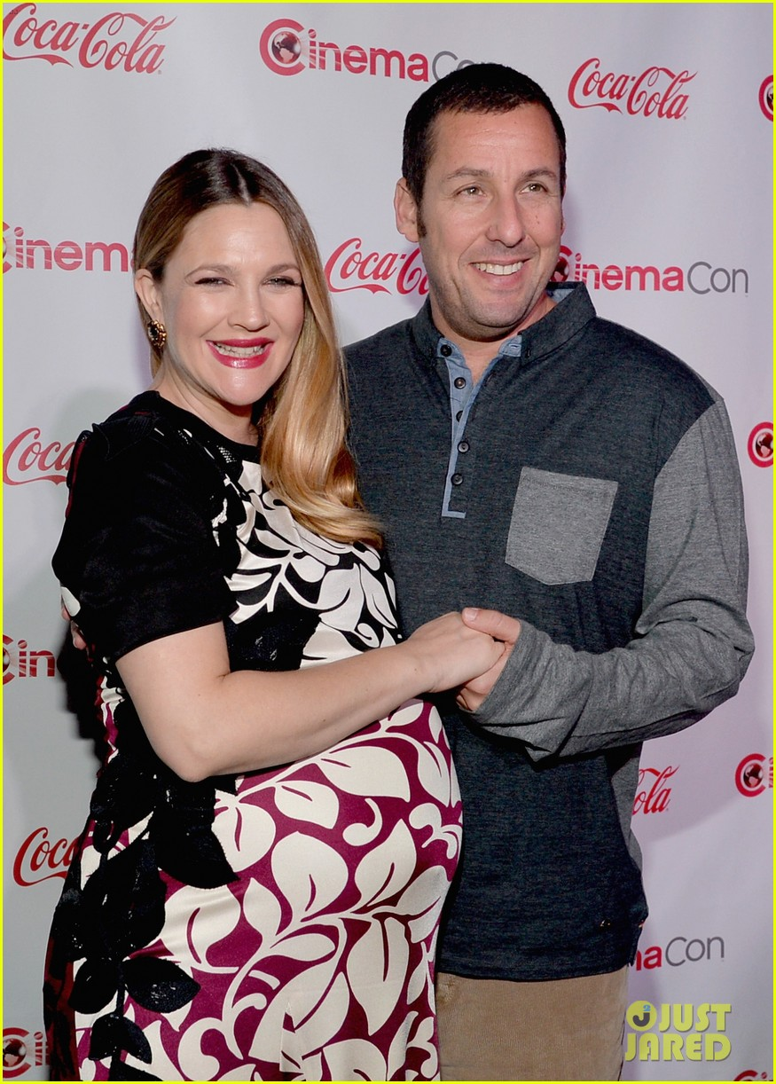 Drew Barrymore Adam Sandler Win Cinemacon S Stars Of The Year Awards Photo 3080212 2014 Cinemacon Adam Sandler Drew Barrymore Pregnant Celebrities Pictures Just Jared