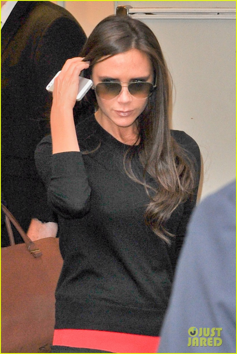victoria beckham opens first shop in shop at printemps 02