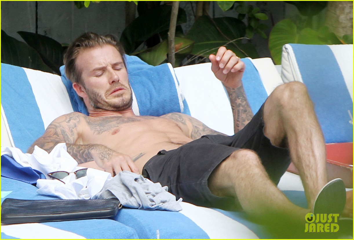 shirtless pictures of david beckham is quite the friday treat 153080579