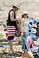 kristen bell dax shepard beach bodies hawaii 17