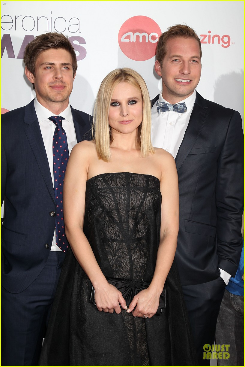 kristen bell chris lowell glam up the veronica mars nyc screening 073069533