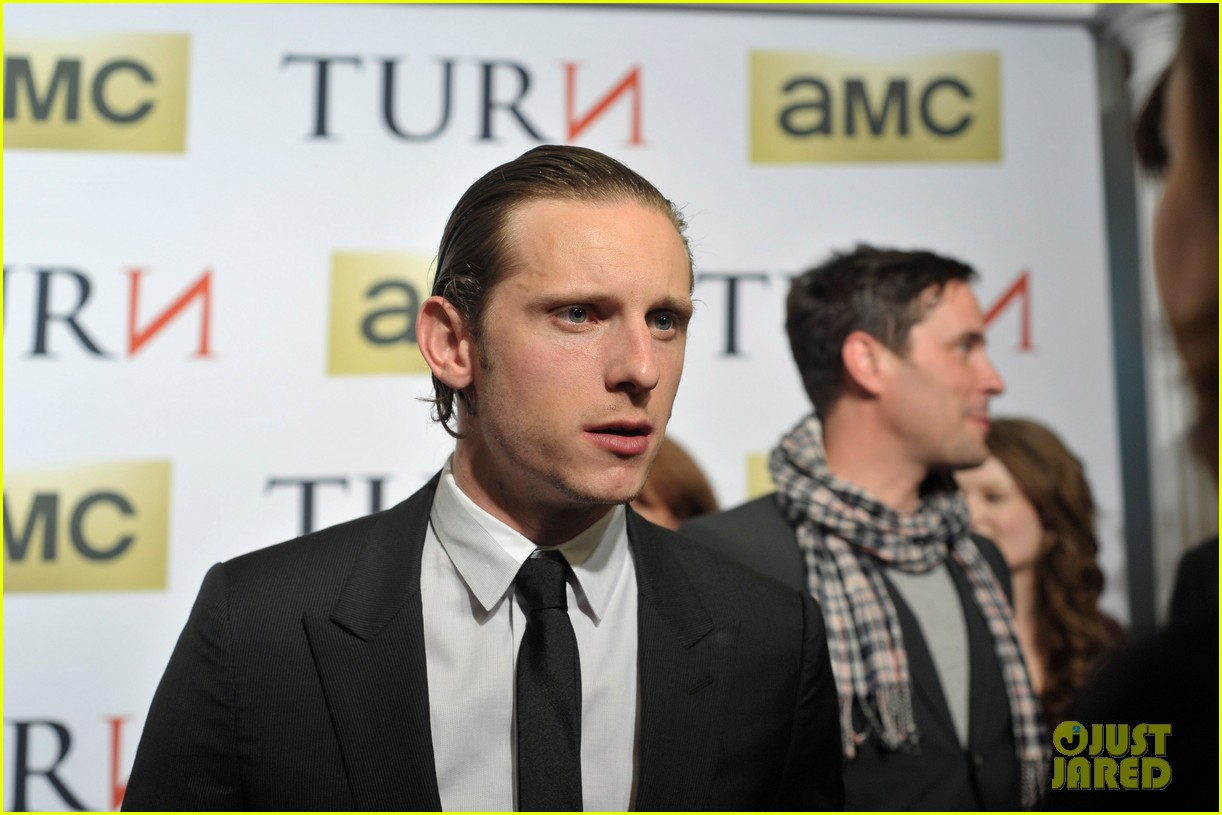 jamie bell gets us psyched to watch new series turn 063078283