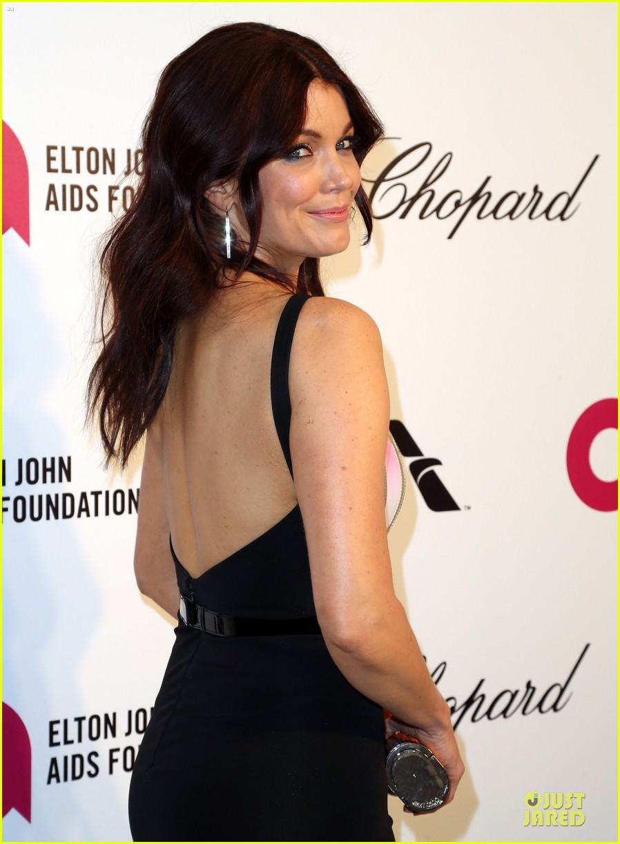 bellamy young tony goldwyn are scandalous at elton john oscars party 2014 063065103