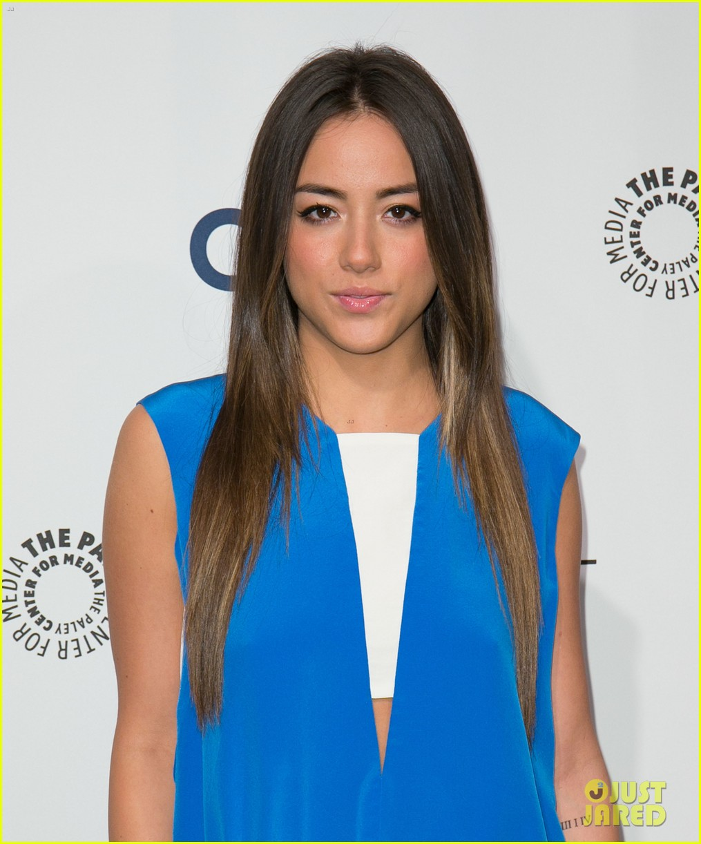 chloe bennet clark gregg promote agents of s h i e l d at paleyfest 133077617