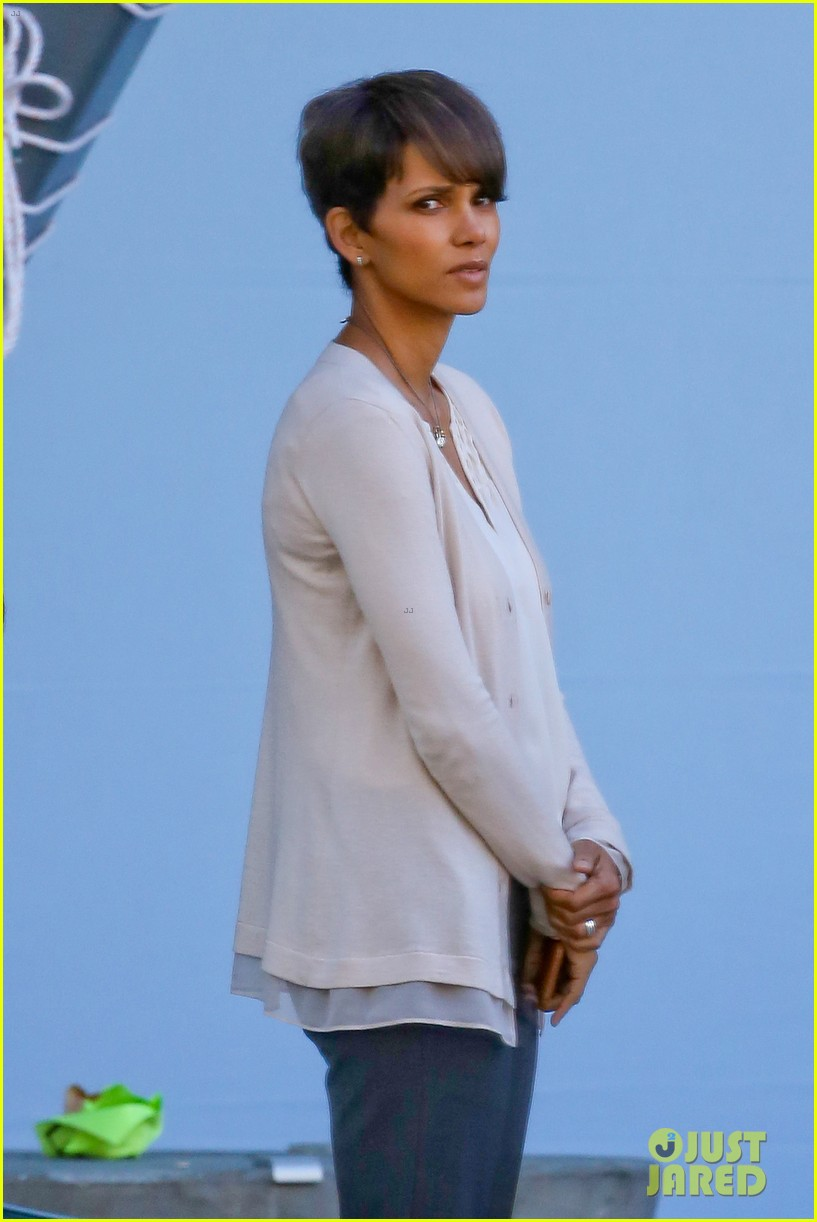 halle berry gets to work on extant 023073739