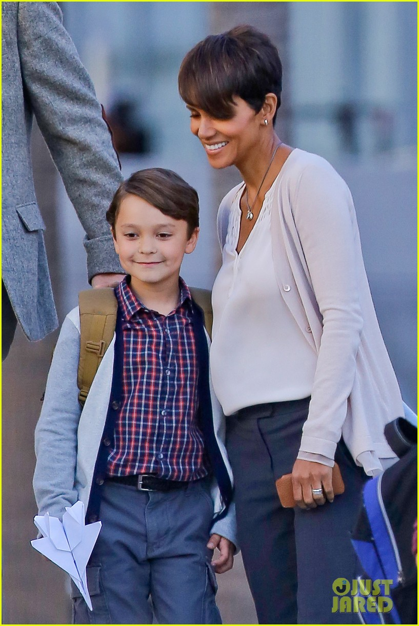 halle berry gets to work on extant 173073754