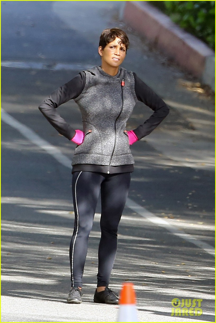 halle berry working out motivation 01