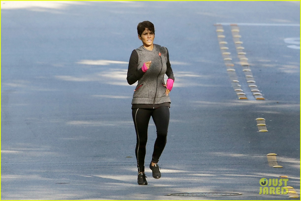 halle berry working out motivation 12