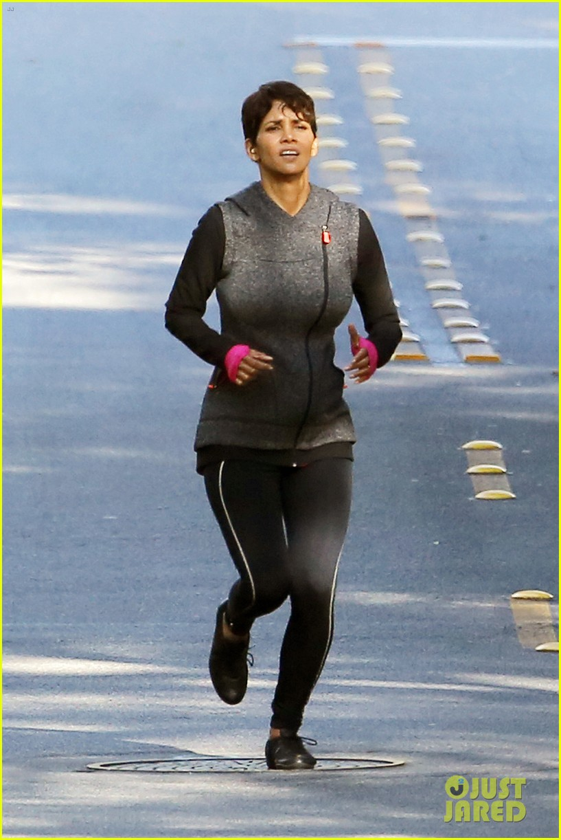 halle berry working out motivation 173075751