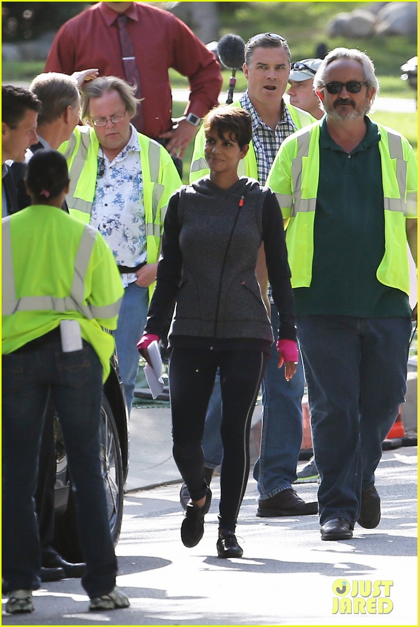 halle berry working out motivation 213075755
