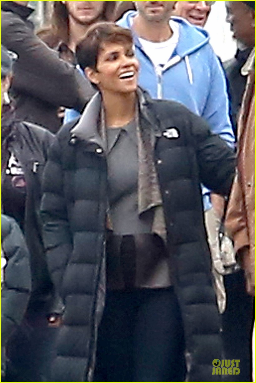 halle berry goran visnjic pda for extant 063078528