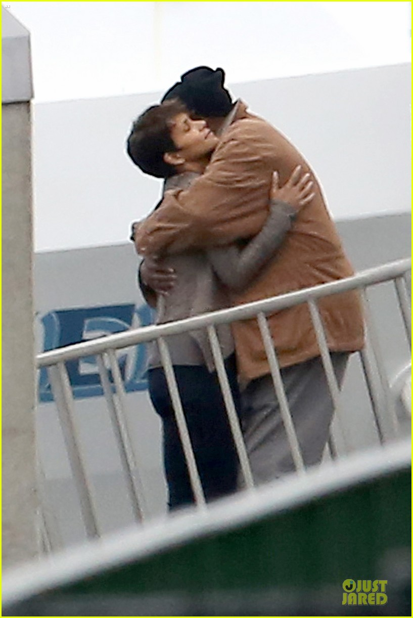 halle berry goran visnjic pda for extant 073078529